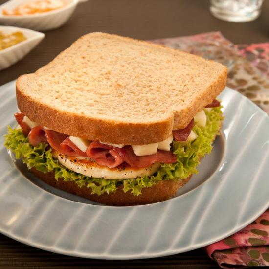 Bimbo® Chicken sandwich recipe